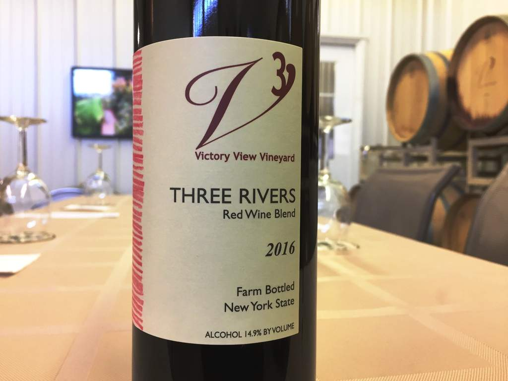 Victory View Vineyard red wine blend 2016 Three Rivers